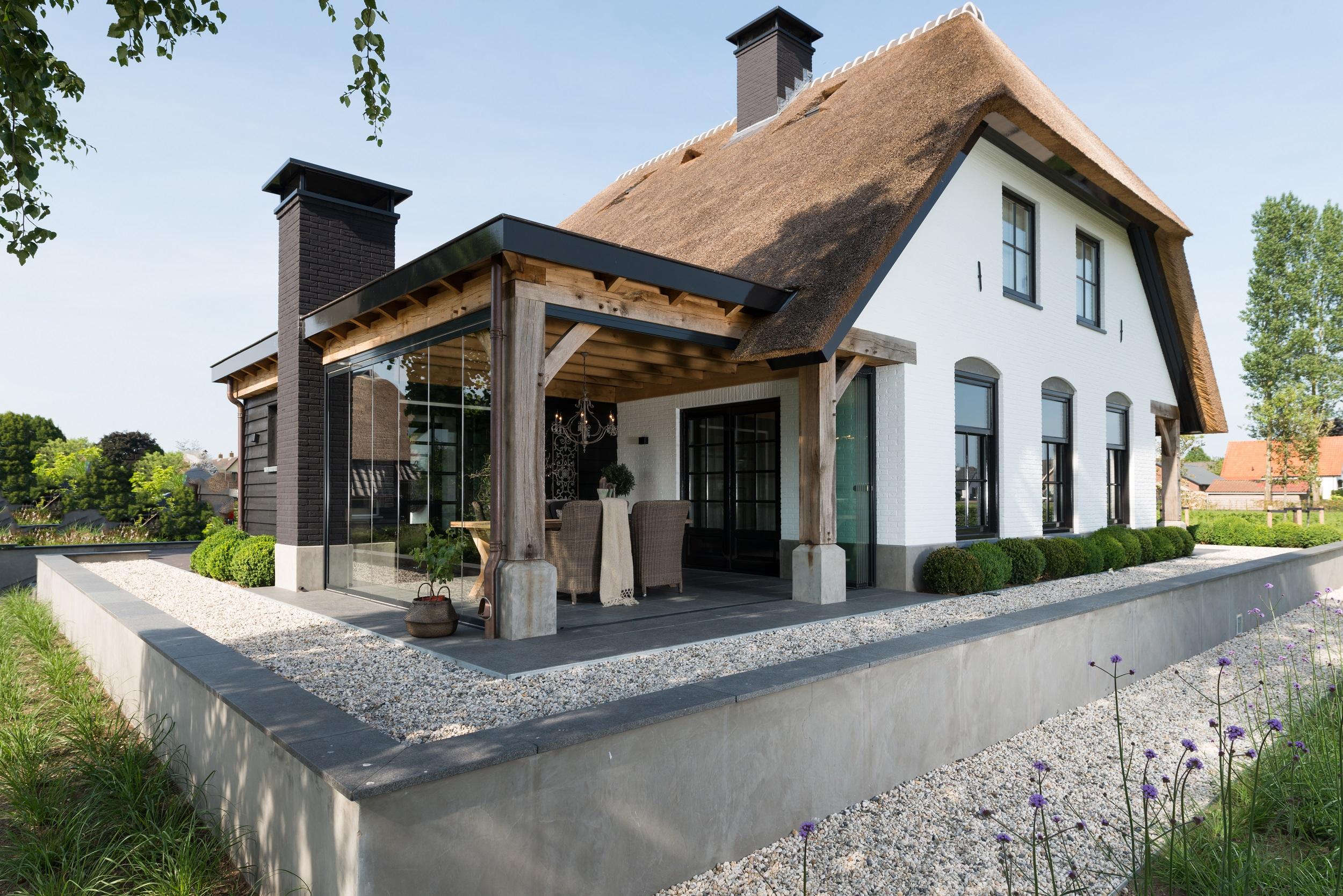 Terrasbeglazing tuin vve onderhoud appartementeneigenaar.nl