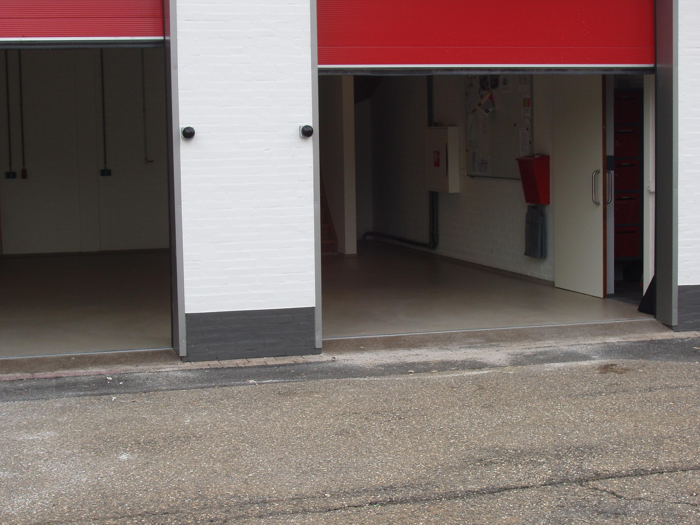 epoxy vloer coating parkeren ruwbouw appartementeneigenaar